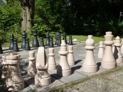 garden chess pieces EUROPA